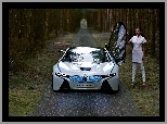 BMW Vision ConnectedDrive, BMW i8