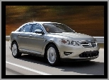 Ford Taurus, Test